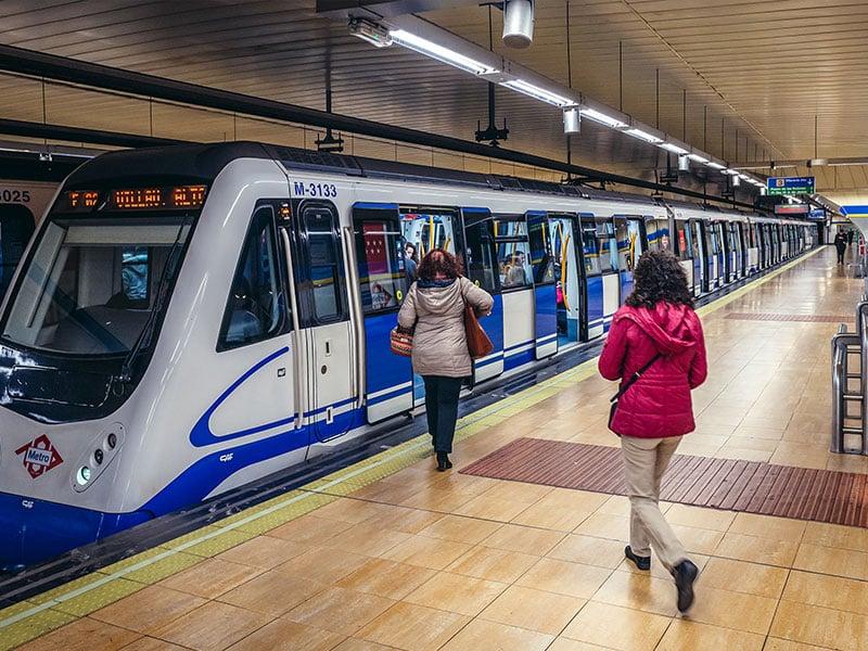 مترو مادرید اسپانیا