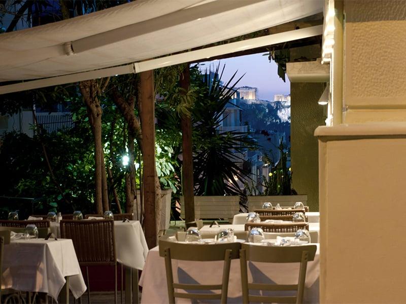 رستوران پاپاداکیس