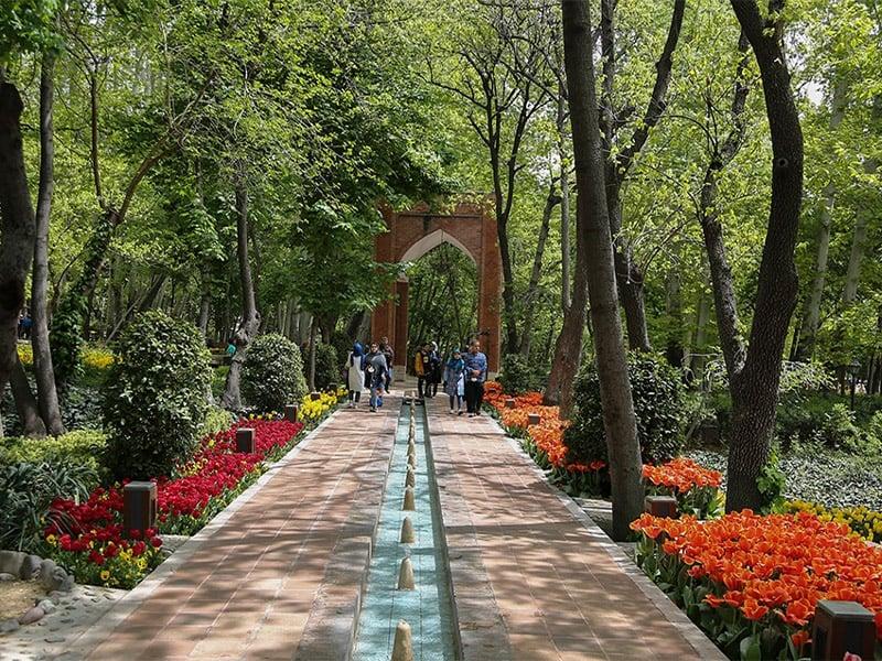 مسیر های دسترسی به باغ ایرانی تهران